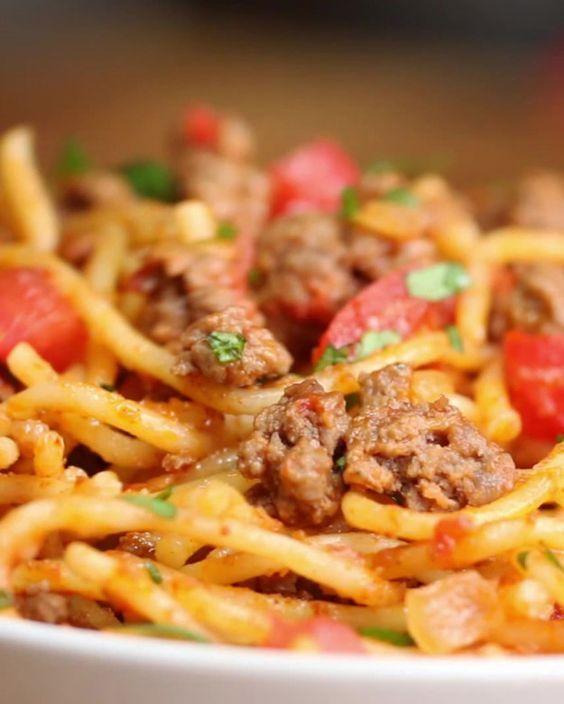 Quick & Easy One-Pot Taco Spaghetti | Quick & Easy One-Pot Taco Spaghetti