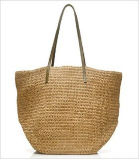Beach totes get a fashionable vote