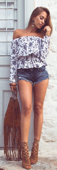 Flowers, Fringes, Denim And Suede Outfit Idea by Kenzas