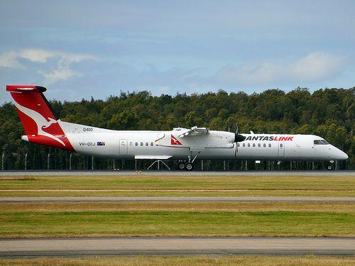 DHC-8 Q400 VH-QOJ Flight: QF2108 From: SYD To: CFS