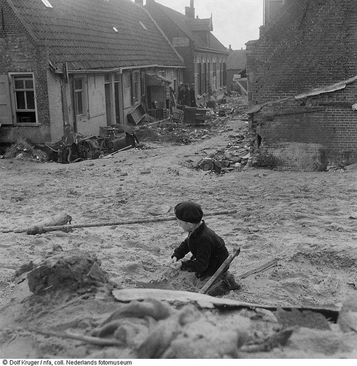 zeeland 1953 | foto: dolf kruger