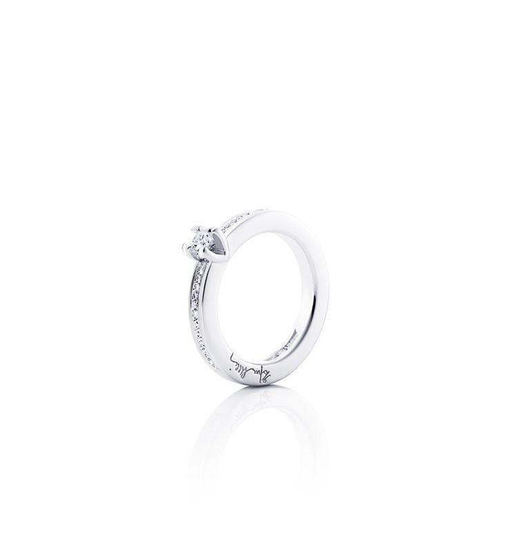 Heart to Heart I - Gold with diamonds - Rings - Efva Attling
