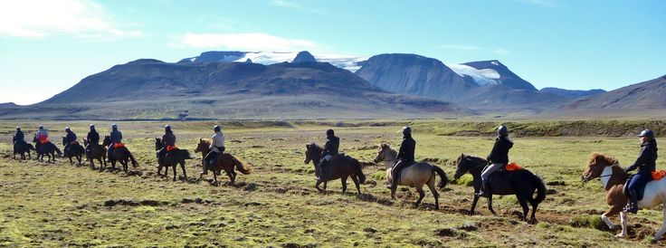 Reiten durch Islands unbewohntes Hochland. Es gibt noch freie Plätze!