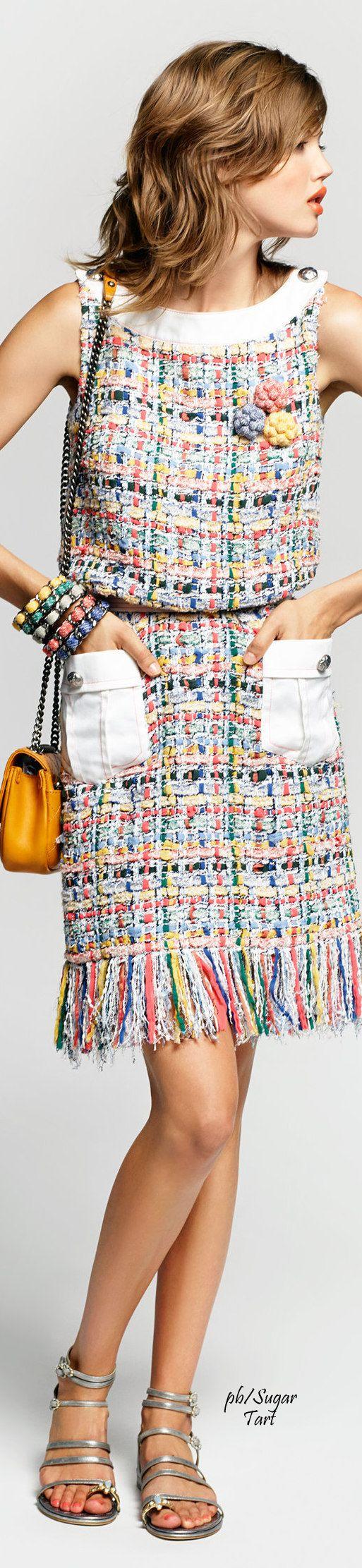 Chanel S/S 2015  #vestido #tubinho #canoa #bolso #tweed #cinto #cor