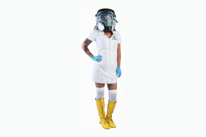 Novidade polêmica para o Halloween – fantasia de enfermeira sexy do ebola (!)