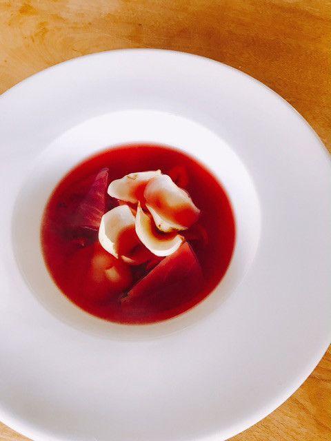 ビーツと百合根のスープ