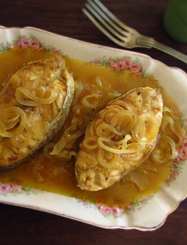 Stewed grouper   Food From Portugal. If you like fish and want to prepare a simple and tasty recipe you have to try this stewed grouper recipe! Serve with boiled potatoes or white rice drizzled with the delicious fish sauce. Bon appetit!!!