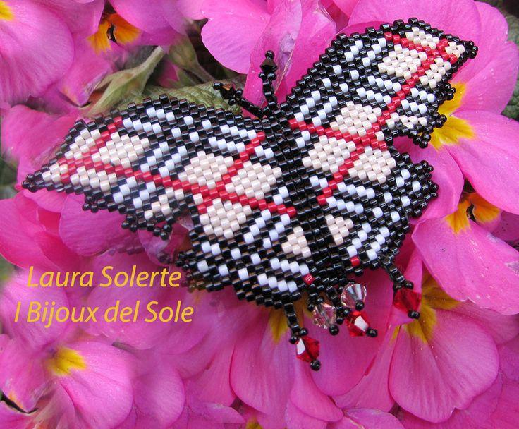Spilla Farfalla Burberry. Burberry butterfly brooch