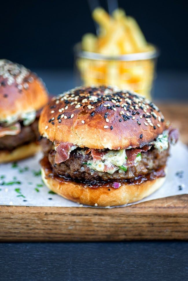 blue cheese burgers on light brioche rolls with crispy pancetta and onion chutney
