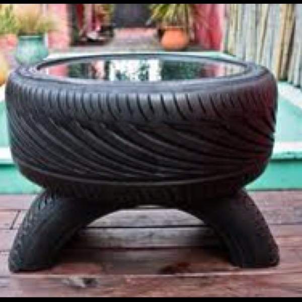 Tire table- great for a man cave http://bit.ly/HKUuFy