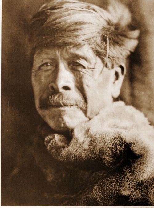 Your daily photo from Edward Curtis' The North American Indian! Port. 14, Pl. 497- A Chukchansi Yokuts The Chukchansi, one of the northern divisions of the Yokuts, occupied the headwaters of Fresno river and the northern tributaries of the San...