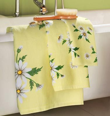 Daisy towels for kitchen  (Country, vintage, spring)