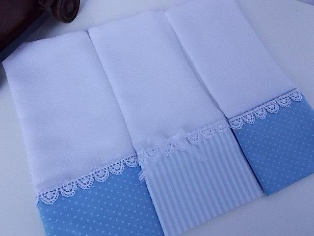 Fraldas Decoradas com aplique ou bordado.  (Itens podem ser bordados o nome)  Kit com 3 Fraldas de Boca.  Tecido 100% algodão.  Fralda luxo fofura máxima 52 fios por cm².