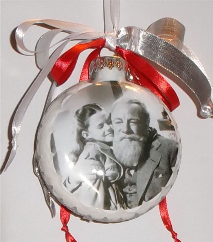 The Miracle on 34th Street inspired Tribute Christmas Ornament by KustomKeepsakesD on Etsy https://www.etsy.com/listing/169680350/the-miracle-on-34th-street-inspired
