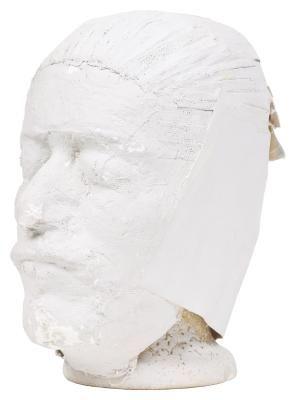 Cómo pintar una estatua de yeso