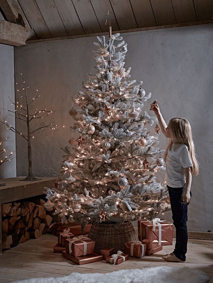 54 best Quirky Christmas Trees images on Pinterest | Christmas ...