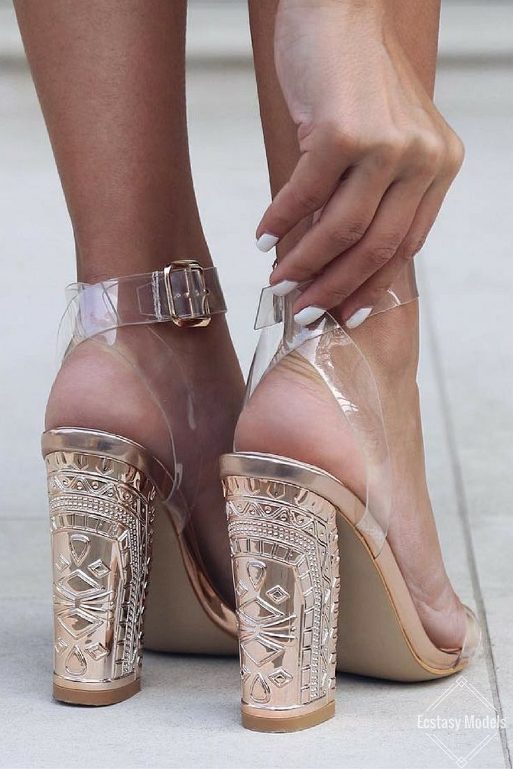 Rose Gold Details // Heels by @egoofficial