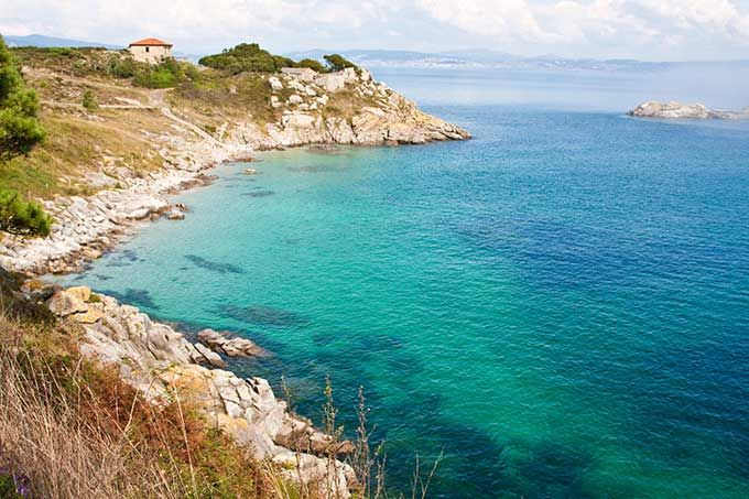 Los 10 mejores parques naturales de España | Skyscanner-Parque Nacional de las Islas Atlánticas de Galicia, Galicia