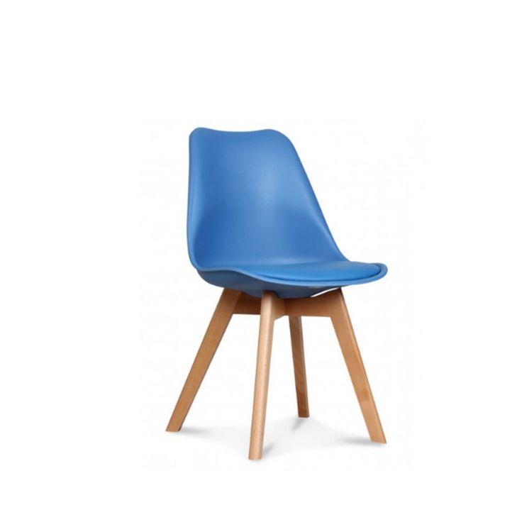 Pêle Mêle de couleurs assuré ! Les chaises LOUMI d'inspiration scandinave apportent une touche de couleurs à votre intérieur. Ici la chaise BLEU PETROL sur MyCreationDesign.com