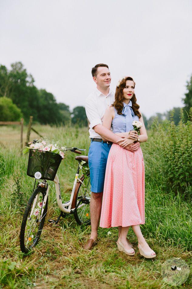 session brides / romantyczna sesja narzeczeńska z kwiatami / fot. Bajkowe Śluby