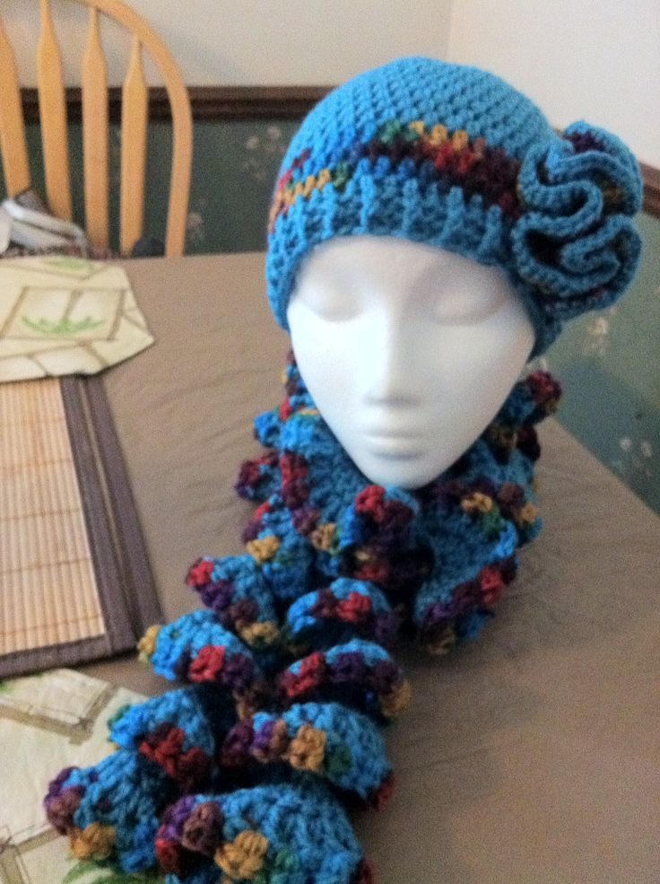 Free Crochet Patterns For Hats And Scarf Sets : 17 Best images about Crochet Hat & Scarf Sets on Pinterest ...