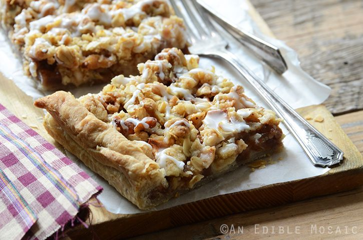 Apple Slab Pie with Nutty Oat Crumble - An Edible Mosaic