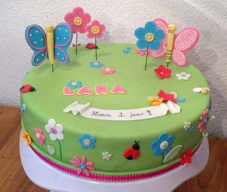 Vrolijke vlinder taart
