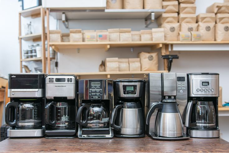 Want a best Bunn coffee maker that you can rely on in your workplace? It doesn't matter if you're after a 4 cup, an 8 cup or even 12 cup coffee maker, we've reviewed them. We believe a home coffee maker should be as straightforward as possible to use. We went through a massive list and sorted them from best to worst.