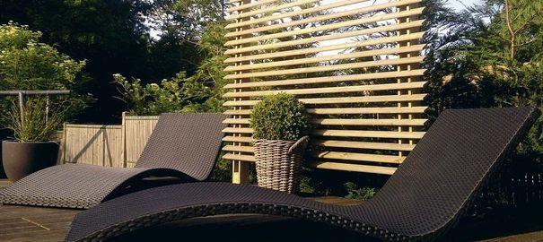 jardin terrasse panneaux brise vue pour se cacher des voisins voisin cacher et panneau. Black Bedroom Furniture Sets. Home Design Ideas