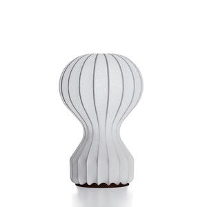 Love the shape so retro - so now! Gatto Piccolo Table Lamp, now featured on Fab.