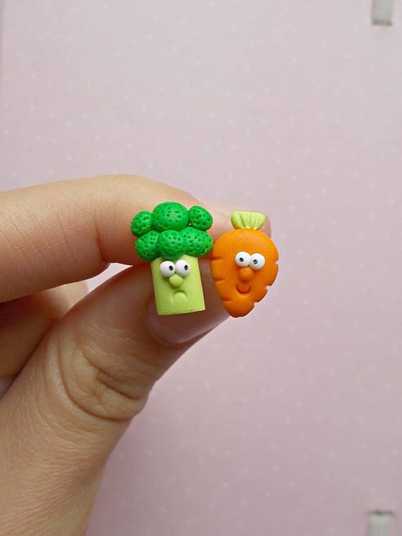 Broccoli and Carrot Earrings  Vegan Gift  Vegetables #vegan #veganfood #earrings #gifts #giftsforher