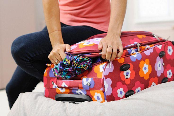 De vakantie komt eraan en dat betekent: koffers inpakken! Vind jij dit ook altijd zo'n vervelende en tijdrovende klus? Wij helpen je graag een handje op weg. Met deze handige inpaktips wordt het voor jou dit jaar een fluitje van een cent.
