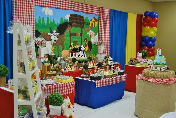 Farm, Barnyard Birthday Party Ideas | Photo 1 of 17 | Catch My Party