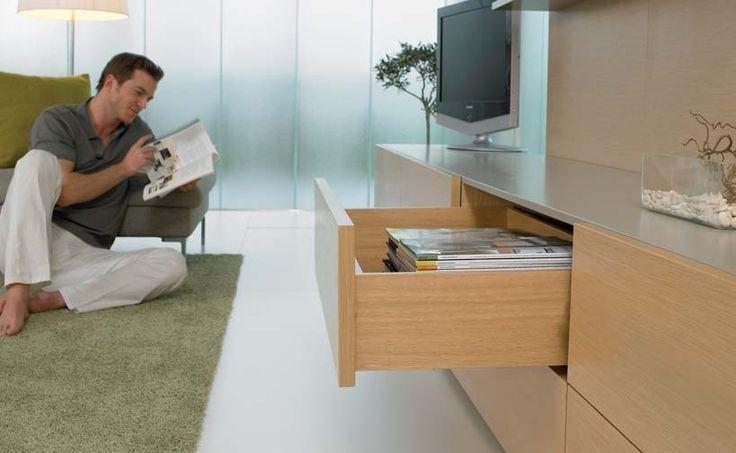 Sisteme de glisare GRASS pentru sertare din lemn  http://www.accesoria.ro/accesorii-mobila/4-sertare-mobilier-bucatarie