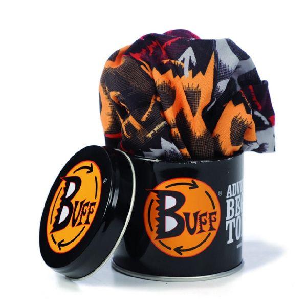 """BUFF (BOYUNLUK) - Buff, aslında İspanyolca """"atkı"""" anlamına gelen """"bufanda""""  kelimesinden türetilmiş bir markanın adıdır. Ancak """"Kot"""" gibi, """"Sana"""" gibi zaman içerisinde marka ötesinde bir anlam kazanmış ve outdoor sporları için üretilen çok fonksiyonlu bir boyunluğun adı haline dönüşmüştür. Buff; atkı, şapka, alın bandı, fular, balaklava, toz maskesi, bandana, saç bandı, toka, bere olarak kullanılabilir."""
