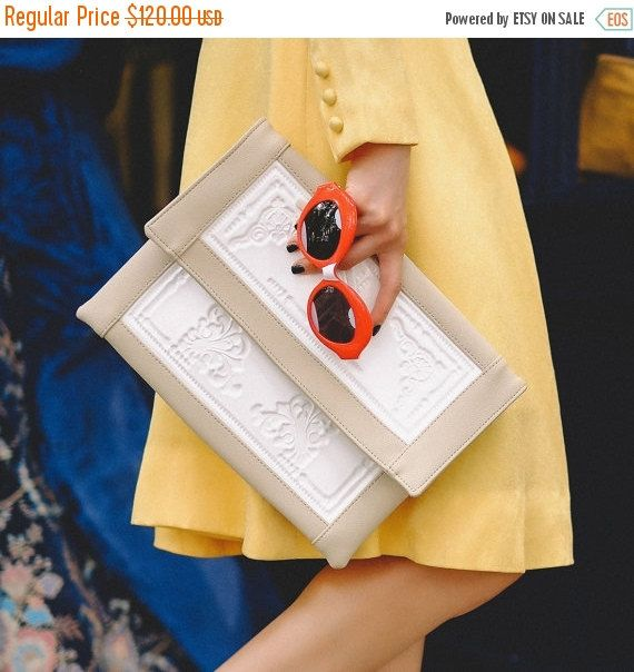 "Fresh envelope clutch / large envelope clutch purse / white vegan vinyl / non leather handbag / stunning tablet cover / keep things fresh Like the ""framed"" detail"