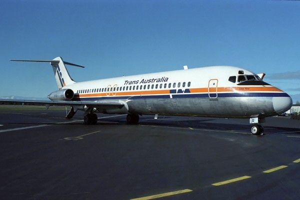 Trans Australia Airlines DC-9-30 (VH-TJU)