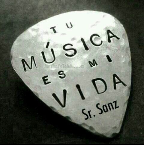 Gracias a tod@s los que teneis esta imagen en facebook. Gracias a tod@s... merece la pena todo. # Alejandro Sanz