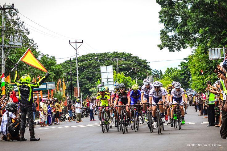 Tour de Flores 2016  Stage 1 : Larantuka - Maumere