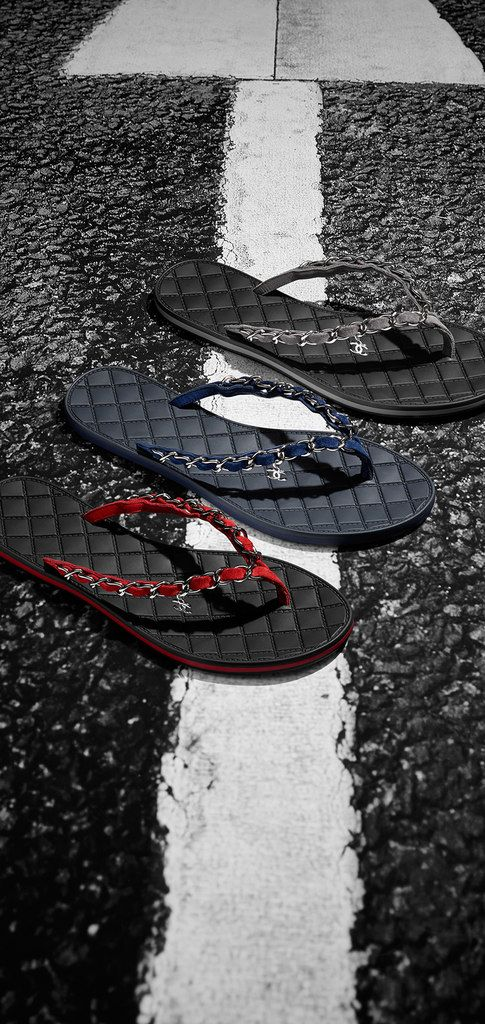 Chain sandals interlaced with... - CHANEL