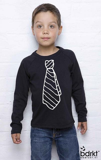 T-shirt met bedrukte stropdas, by http://www.bedrukt.nl