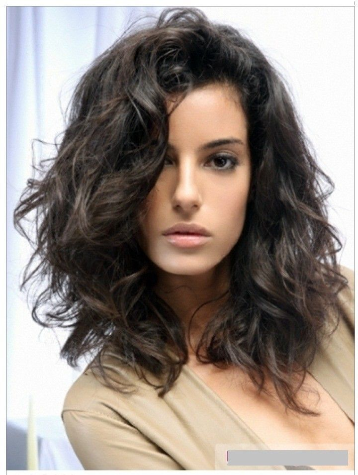 38 Very Cute Medium Haircuts Modern Wavy Styles Pinterest