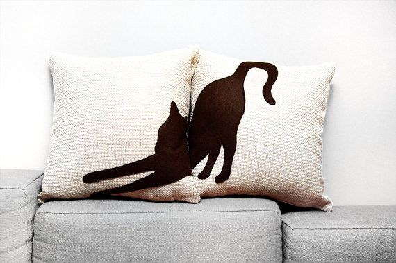 Stretching cat cushion covers - beige and dark brown - decorative pillow - sofa pillow on Etsy, 40,00 €