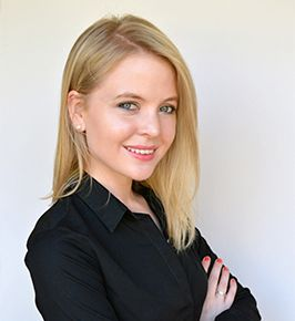 Ilizna Esterhuyse | South African Divorce Attorney |  Founder of iedivorce   Click on the image to read more...