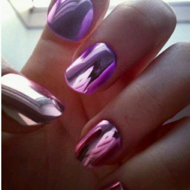 1000+ images about Mirrored / Metallic Nail Art on Pinterest