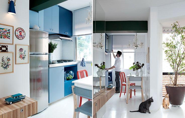 """A cozinha do apartamento de 42 m² era realmente um cubículo. Por isso, o designer de interiores Gabriel Valdivieso mandou fazer a bancada sob medida. """"Como apoio no preparo da comida, ele precisa usar a mesa"""", explica"""