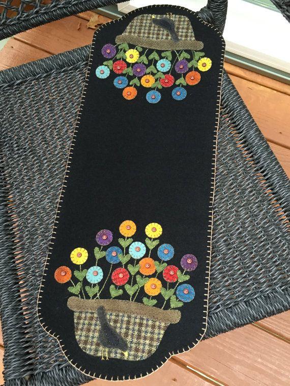 HAND-STITCHED Primitive Folk Art Wool Applique by PrimFolkArtShop (Design by Lisa Bongean - Primitive Gatherings)