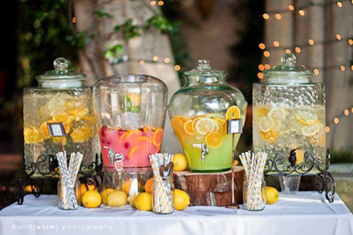Limonade Bar pentru nunțile de vară, în grădină…