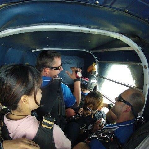 【izmknst】さんのInstagramをピンしています。 《#オーストラリア #ケアンズ #オセアニア #スカイダイビング #飛行機 #旅行 #旅 #海 #海外》