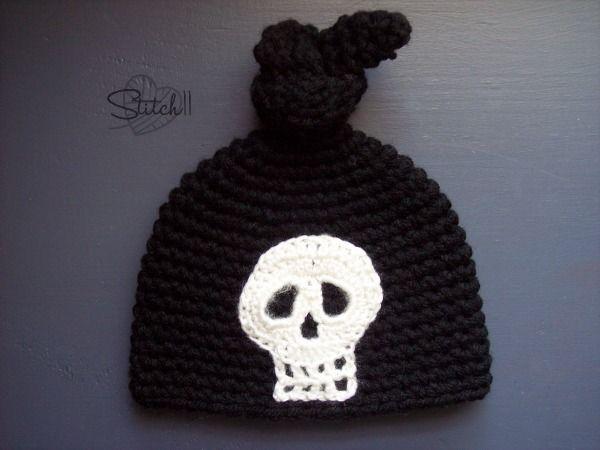 Newborn Skull Knot Hat - Stitch11